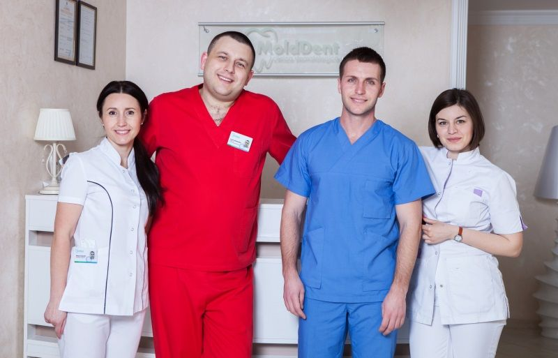 Viaggia dal Dentista staff